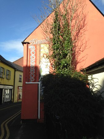 Trident Hotel Kinsale: Main Street's book store, a short walk from hotel