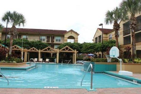 Blue Tree Resort at Lake Buena Vista: piscina