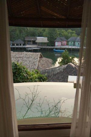 Aana Resort & Spa: Джакузи в номере