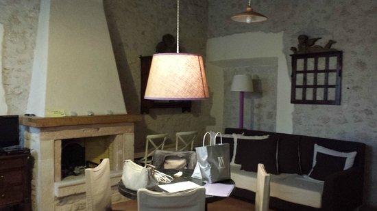 SOGGIORNO CON CAMINO - Picture of Country House il Vecchio ...