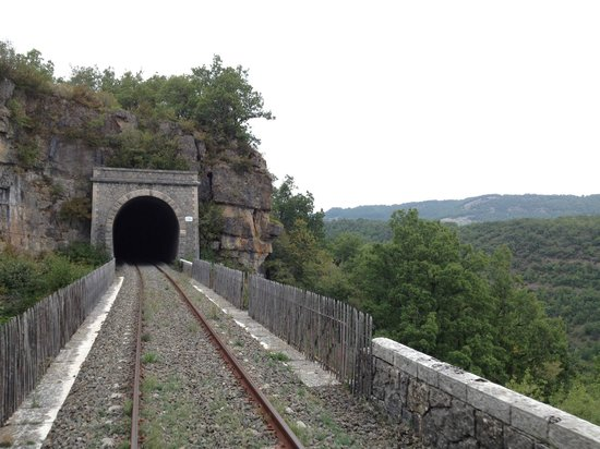 Velorail du Larzac: Entering one of the many tunnels whilst running along a ridge giving spectacular views.