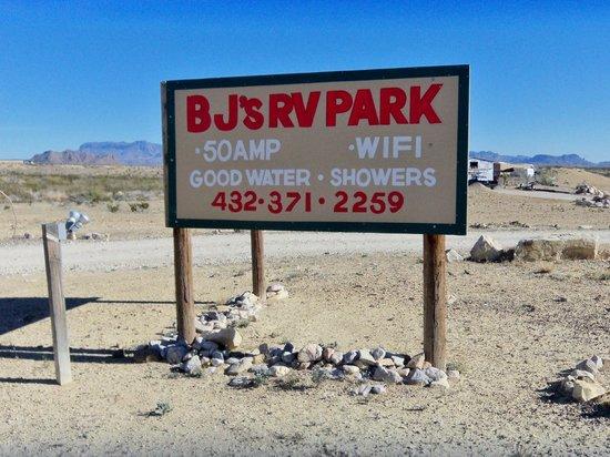 B.J.'s RV Park : BJ's Entrance Sign