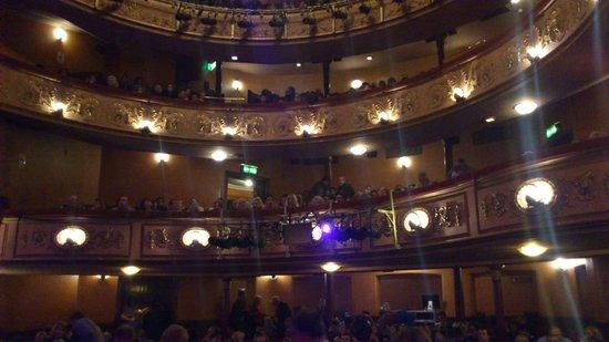 Lyric Theatre London: Lyric theatre