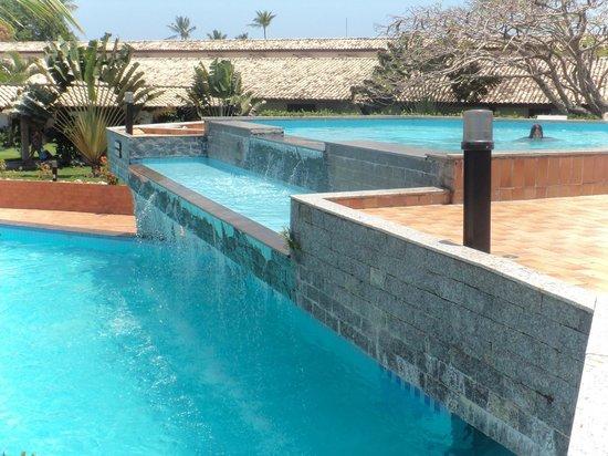 Vela Branca Grand Hotel: As piscinas são lindas