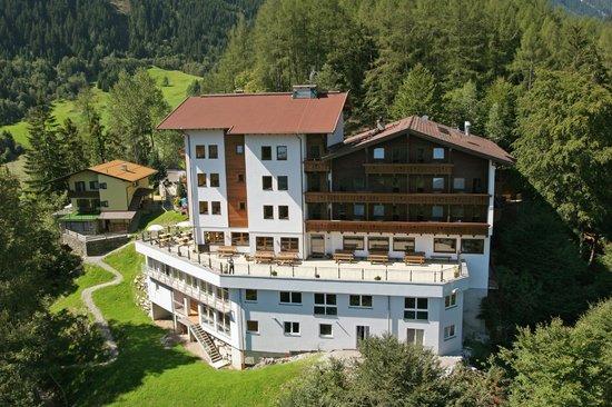 Photo of Ferienhotel Aussicht Finkenberg