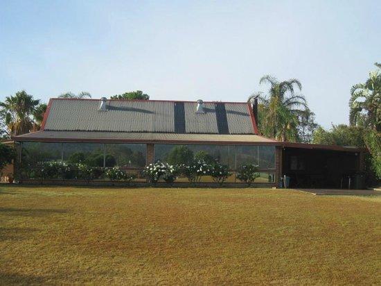 Bluebush Estate: The Lodge