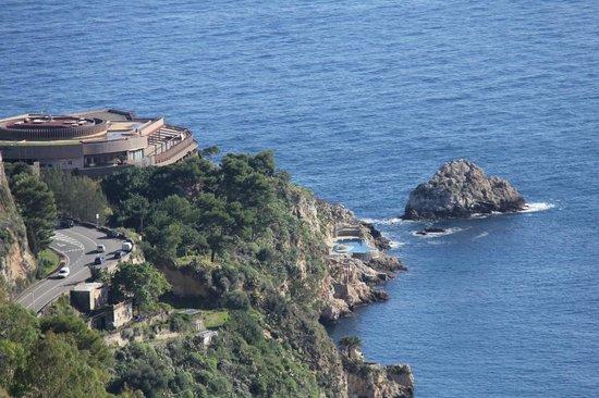 Hotel Villa Diodoro : Distant view of the hotel