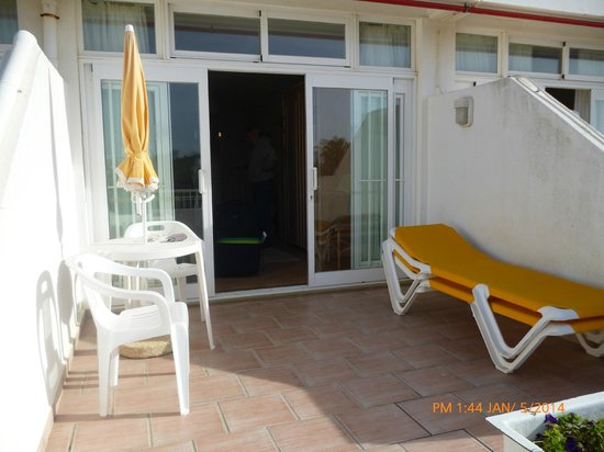 Muthu Clube Praia da Oura: studio 734 patio