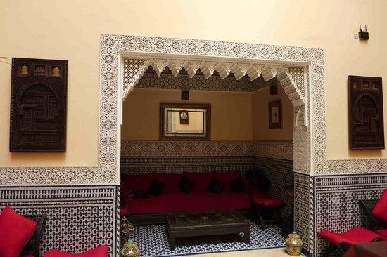Riad Ibn Battouta: Lobby