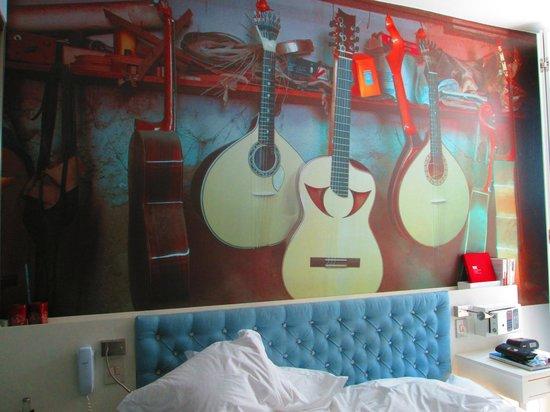 LX Boutique Hotel: Tête du lit!