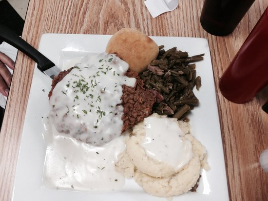 Annie's: Country fried steak. Mashed potatoes and gravy. Green beans. D licious! Don't let the picture fo