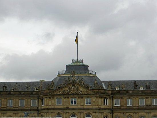 Stuttgart Steps Tours: Schloss Platz