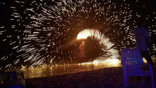 Apache Beach House: Fire show