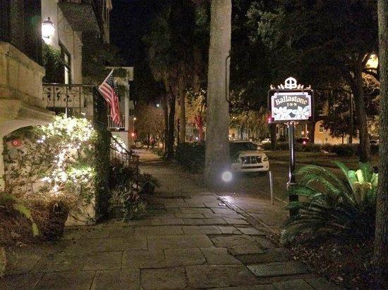 Ballastone Inn at night