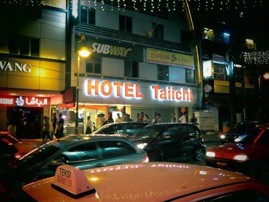 Tai-Ichi Hotel: Exterior
