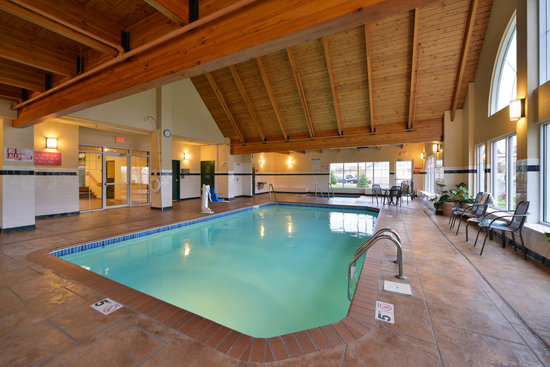 Best Western Plus Spirit Mountain Duluth: Indoor Pool and Hot Tub