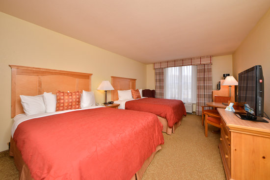 Best Western Plus Spirit Mountain Duluth: Our Standard Guest Room includes fridge and microwave