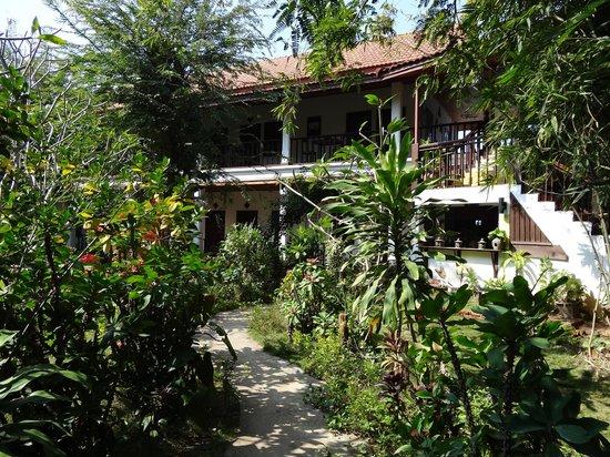 Vangsavath Hotel: le jardin