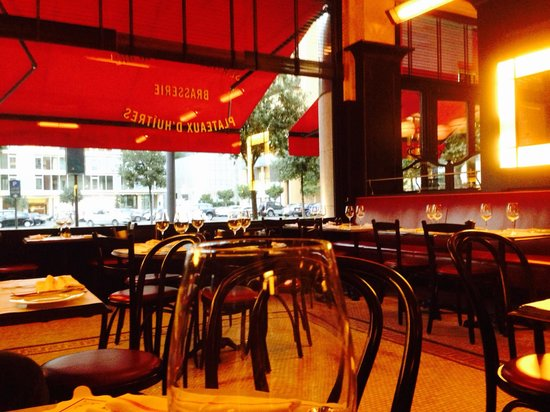 Metropole Brasserie: La salle