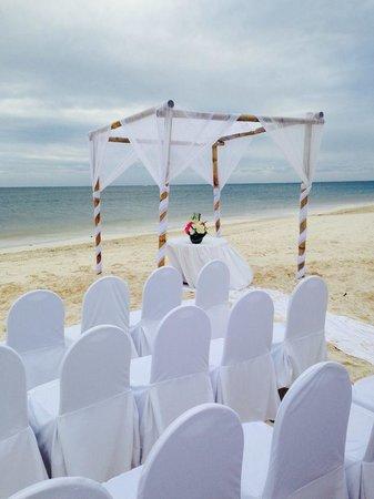 Now Sapphire Riviera Cancun : wedding set-up