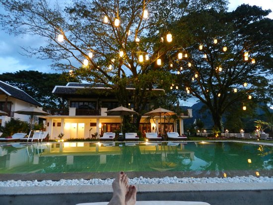 Riverside Boutique Resort: Early Evening By the Pool
