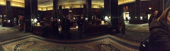 Waldorf Astoria New York: Panoramic view at reception