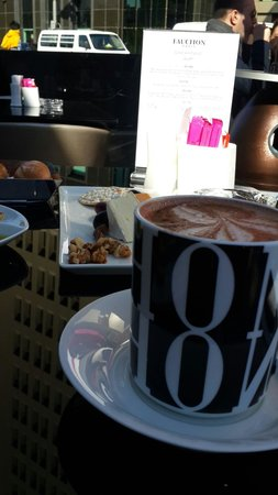 Fauchon: Hot chocolate