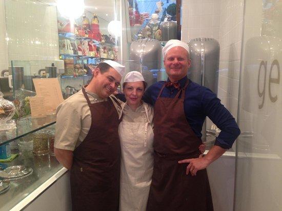 GELATO SOSTA BAR: Stefano, Francesca, Johan