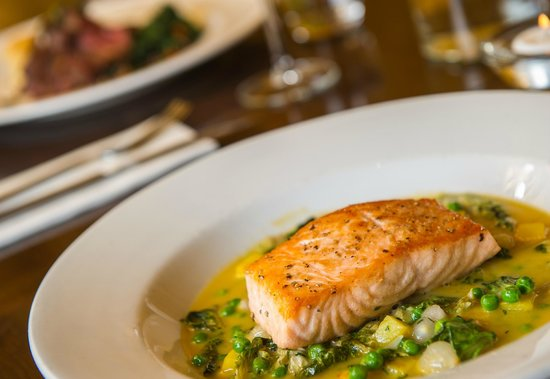 The Salty Dog Hotel and Bistro : Salmon at The Salty Dog, Bangor