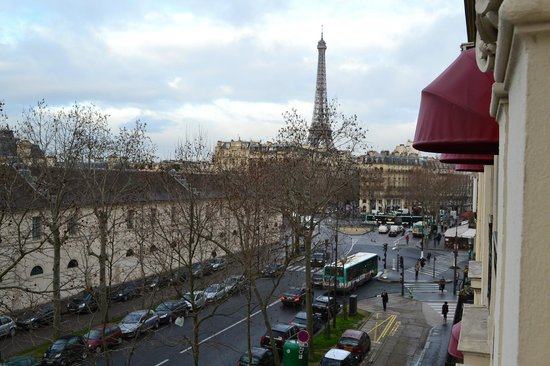 Derby Eiffel Hotel : Вид из окна
