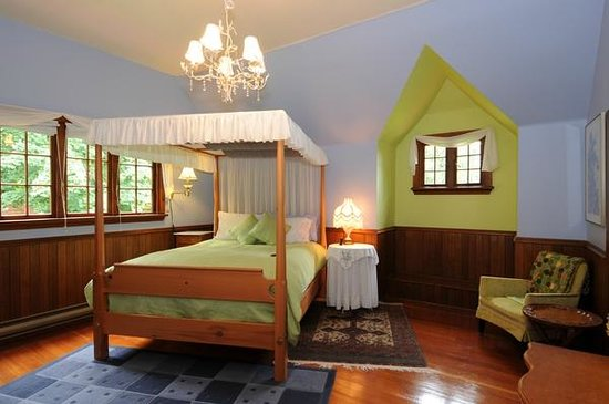 Wedgwood Retreat: Many guests love the Ambrosia Room.