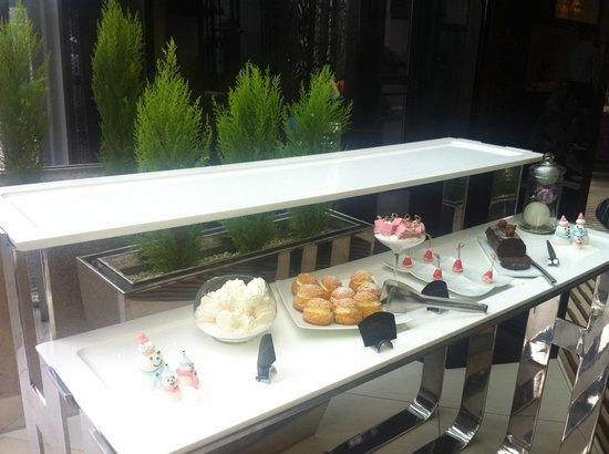Sofitel Casablanca Tour Blanche : Special Breakfast Desserts ;)