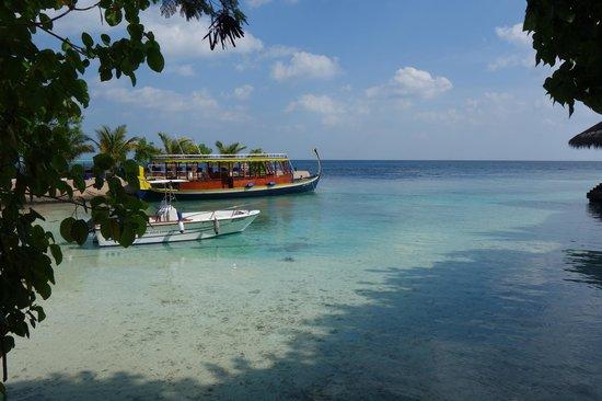 Adaaran Prestige Vadoo: Транспорт для морских развлечений