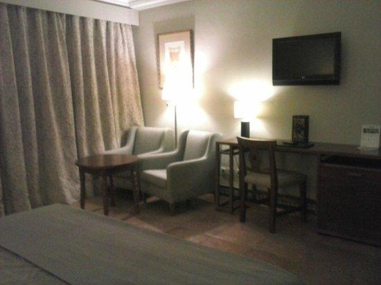 Parador de Carmona: Habitación doble, muy espaciosa