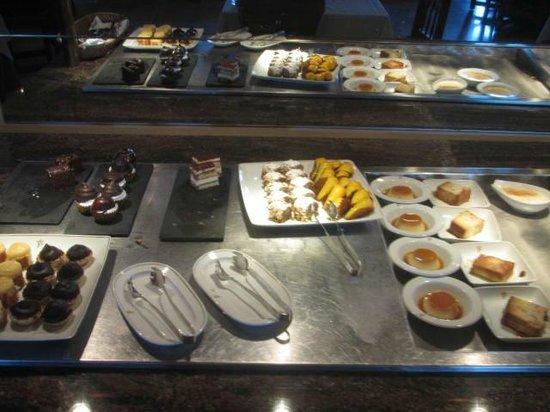 Parador de Carmona: Delicioso buffet de postres