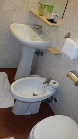 Universo: Banheiro