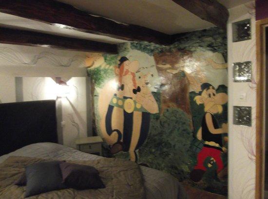 La Charmante : Fresque murale d'une des deux chambres