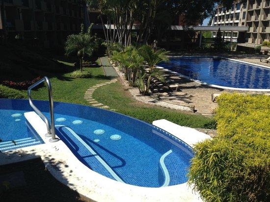 Best Western Irazu Hotel & Casino: Hot tub