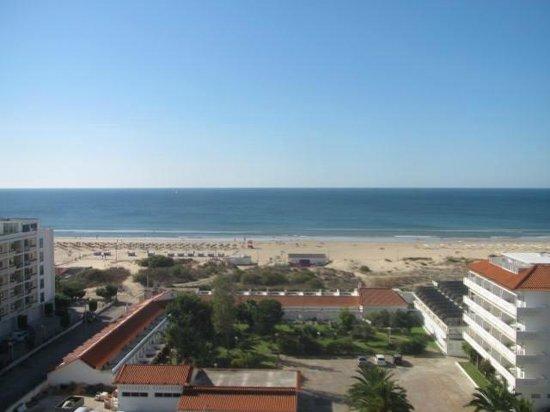 Yellow Praia Monte Gordo: Una vista excelente