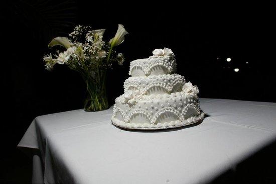 Mtoni Marine Hotel: Wedding Cake