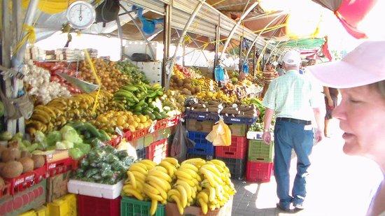 Lagoon Ocean Resort : Market