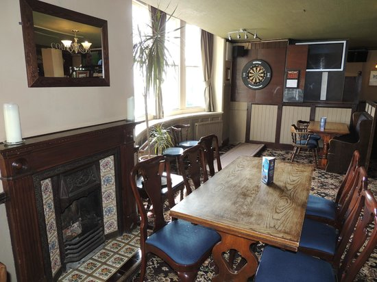 The Downs Hotel: Adults only bar