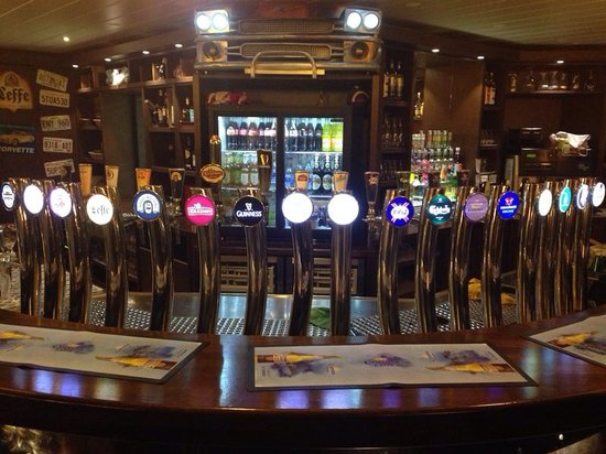 Pot Belly's: Beers on tap