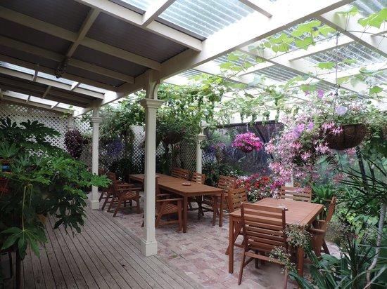 Mahana Lodge: Sala de chá e jantar