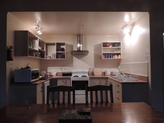 Mahana Lodge: Cozinha coletiva