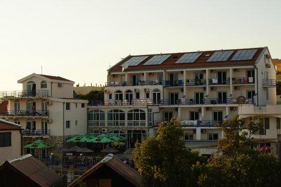 Utjeha, มอนเตเนโกร: Отель