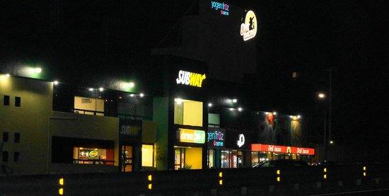 Restaurante Subway / Plaza La Antigua