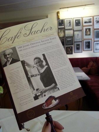 Café Sacher Innsbruck: Оригинальная форма и вид меню