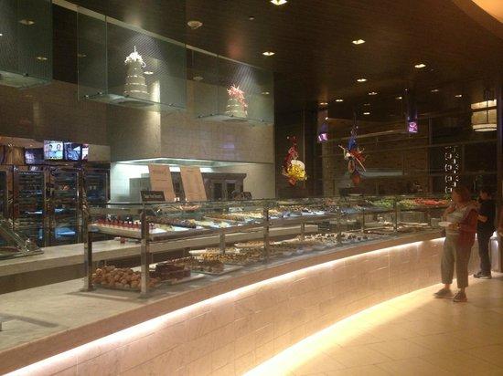 Studio B Buffet: Dessert Bar
