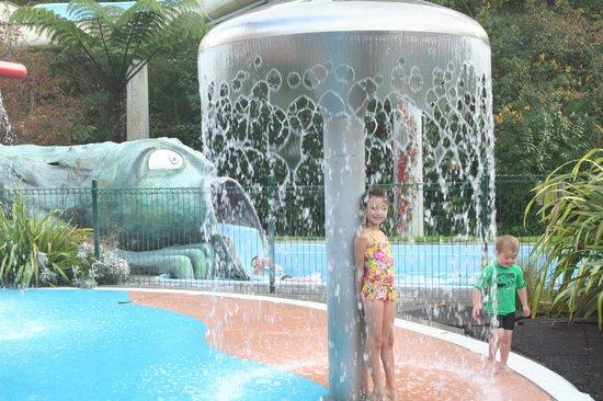 Taupo DeBretts Spa Resort: Mushroom Shower